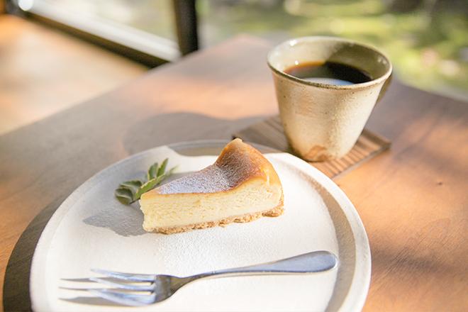 子分ブログ3_珈琲とチーズケーキ